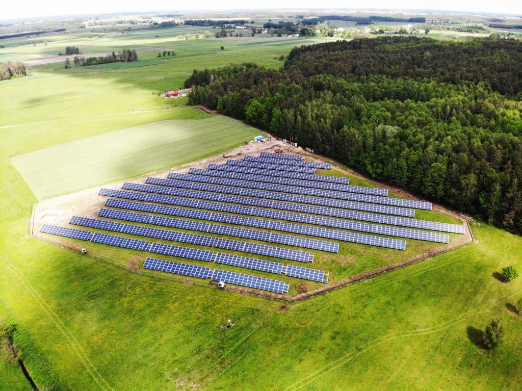 """""""Bloomberg Terminal"""" paskelbė apie SIG ir """"E energija"""" Lenkijos saulės energijos portfelio pardavimą """"Aberdeen Standard Investments"""""""