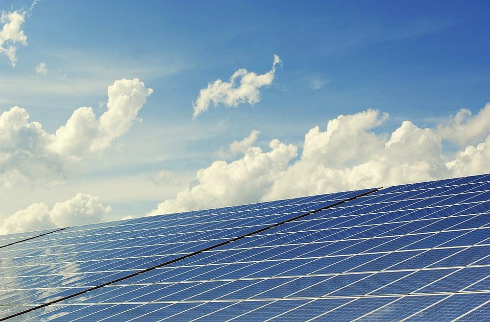 Fundusz Lords LB Asset Management zbuduje 65,5 MW mocy PV w Polsce do poł. br.